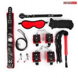 Стильный черно-красный набор БДСМ: маска, кляп, зажимы, плётка, ошейник, наручники, оковы, верёвка